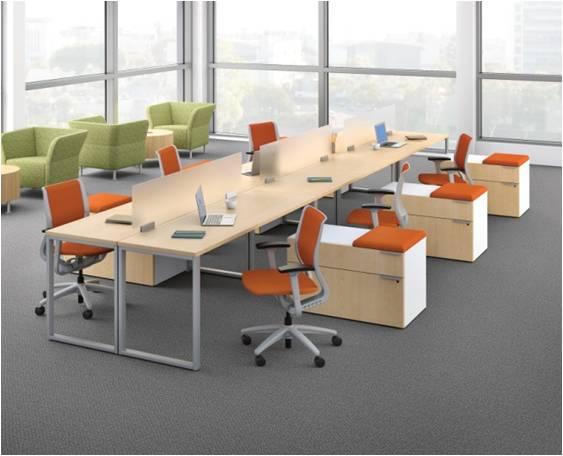 Voi Desk Forward - Hon table legs