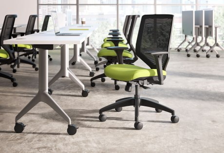 Solve seating with ilira-stretch mesh back